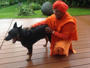Swami Agnivesh and Che at Home for Humanity